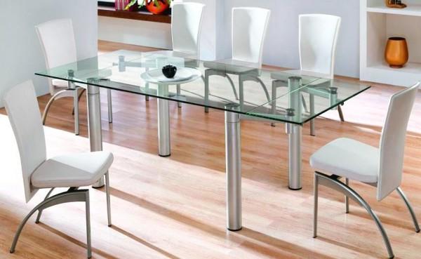 Stakleni stolovi za trpezarije