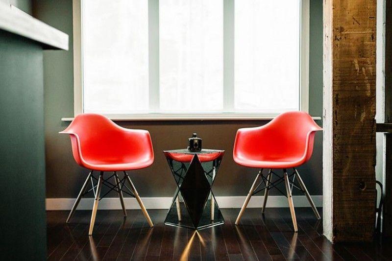 Moderna Stolica Sem Crvena